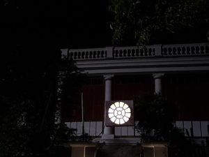 Ashram Sri Aurobindo by night