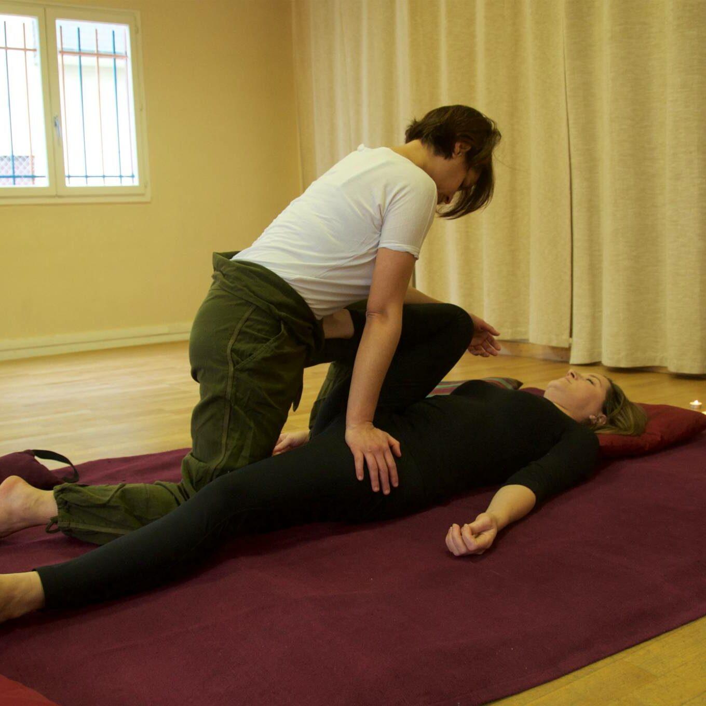 Thaï yoga massage jambes